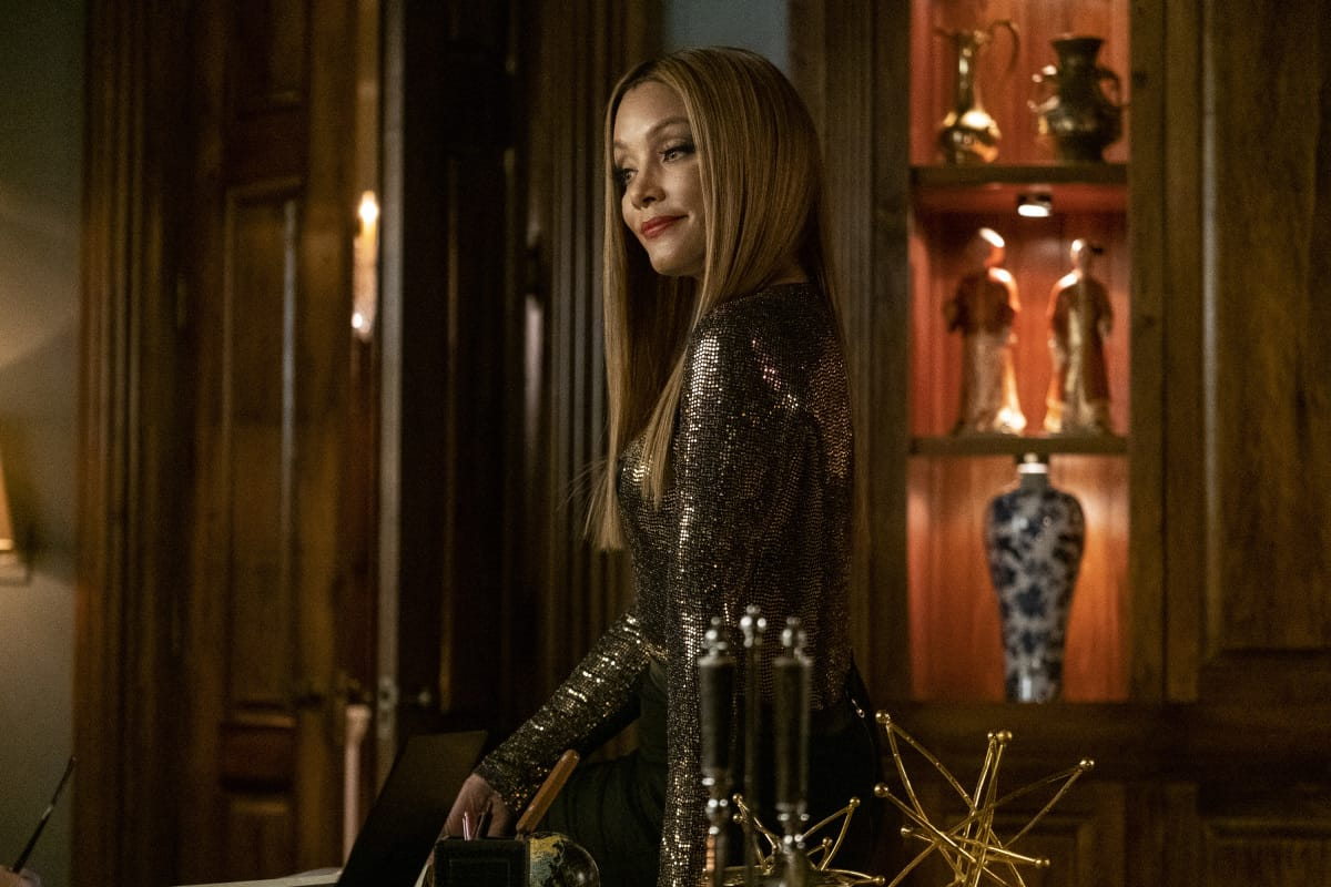 """DYNASTY Season 4 Episode 1 -- """"That Unfortunate Dinner"""" -- Image Number: DYN401a_0269r.jpg -- Pictured: Michael Michele as Dominique -- Photo: Wilford Harewood/The CW -- © 2021 The CW Network, LLC. All Rights Reserved"""