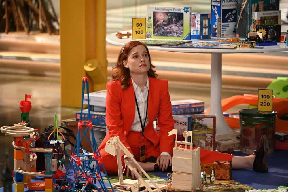"ZOEY'S EXTRAORDINARY PLAYLIST Season 2 Episode 12 -- ""Zoey's Extraordinary Session"" Episode 212 -- Pictured: (l-r) Jane Levy as Zoey Clarke -- (Photo by: Sergei Bachlakov/NBC/Lionsgate)"