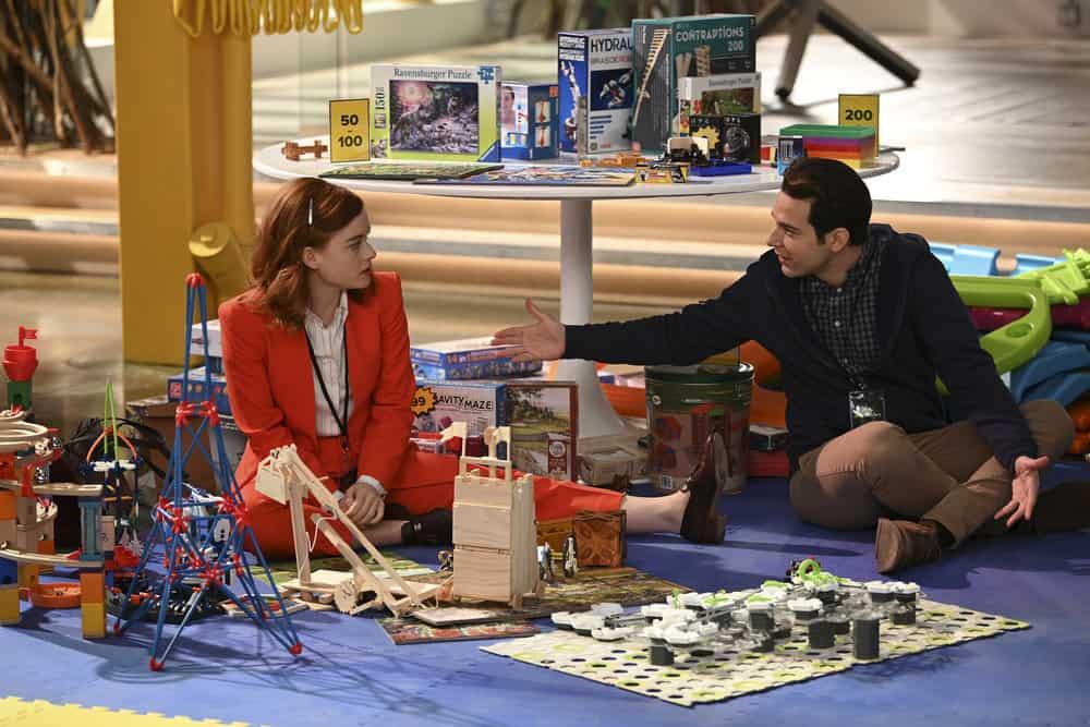 """ZOEY'S EXTRAORDINARY PLAYLIST Season 2 Episode 12 -- """"Zoey's Extraordinary Session"""" Episode 212 -- Pictured: (l-r) Jane Levy as Zoey Clarke, Skylar Astin as Ma -- (Photo by: Sergei Bachlakov/NBC/Lionsgate)"""