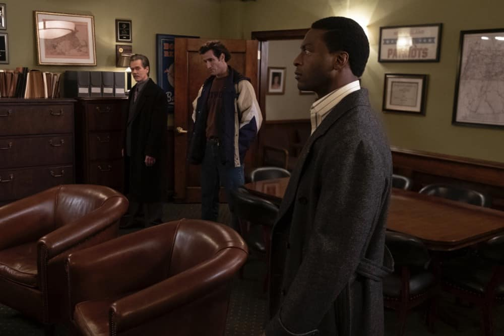 """CITY ON A HILL Season 2 Episode 7 (L-R): Kevin Bacon as Jackie Rohr, Matthew Del Negro as Chris Caysen and Aldis Hodge as Decourcy Ward in CITY ON A HILL, """"Apophasis"""". Photo Credit: Francisco Roman/SHOWTIME."""
