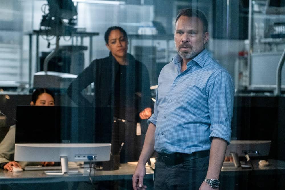"DEBRIS Season 1 Episode 11 -- ""Asalah"" Episode: 111 -- Pictured: (l-r) Riann Steele as Finola Jones, Nrobert Butz as Craig Maddox -- (Photo by: James Dittiger/NBC)"