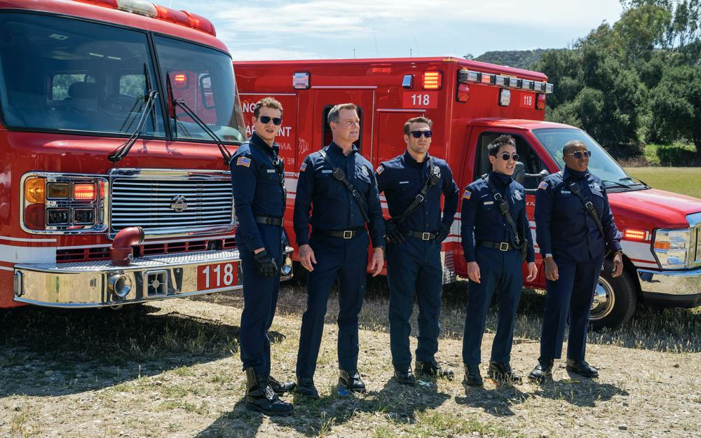 """9-1-1 Season 4 Episode 12 : L-R: Oliver Stark, Peter Krause, Ryan Guzman, Kenneth Choi and Aisha Hinds in the """"Treasure Hunt"""" episode of 9-1-1 airing Monday, May 10 (8:00-9:00 PM ET/PT) on FOX. CR: Jack Zeman /FOX. © 2021 FOX Media LLC."""