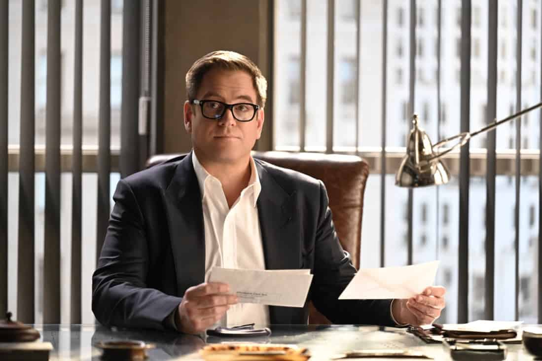 """BULL Season 5 Episode 15 """"Snatchback"""" – Bull aims to mount a federal trial defense without hard evidence when the federal government sues his client for fraud, a child recovery agent (Gino Anthony Pesi) whose covert work requires him to leave no proof behind of his operations. Also, Izzy wants Benny to consider hitting back at his opponent in the District Attorney race when the other candidate engages in mudslinging to sully Benny's public image before an important debate, on BULL, Monday, May 10 (10:00-11:00 PM, ET/PT) on the CBS Television Network.  Pictured: Michael Weatherly as Dr. Jason Bull Photo: David M. Russell/CBS ©2021 CBS Broadcasting, Inc. All Rights Reserved"""