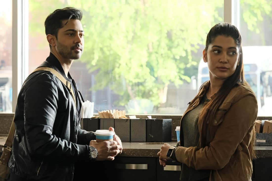 """THE RESIDENT Season 4 Episode 13 : L-R: Manish Dayal and guest star Anuja Joshi in the """"A Children's Story"""" episode of THE RESIDENT airing Tuesday, May 11 (8:00-9:01 PM ET/PT) on FOX. ©2021 Fox Media LLC Cr: Guy D'Alema/FOX"""