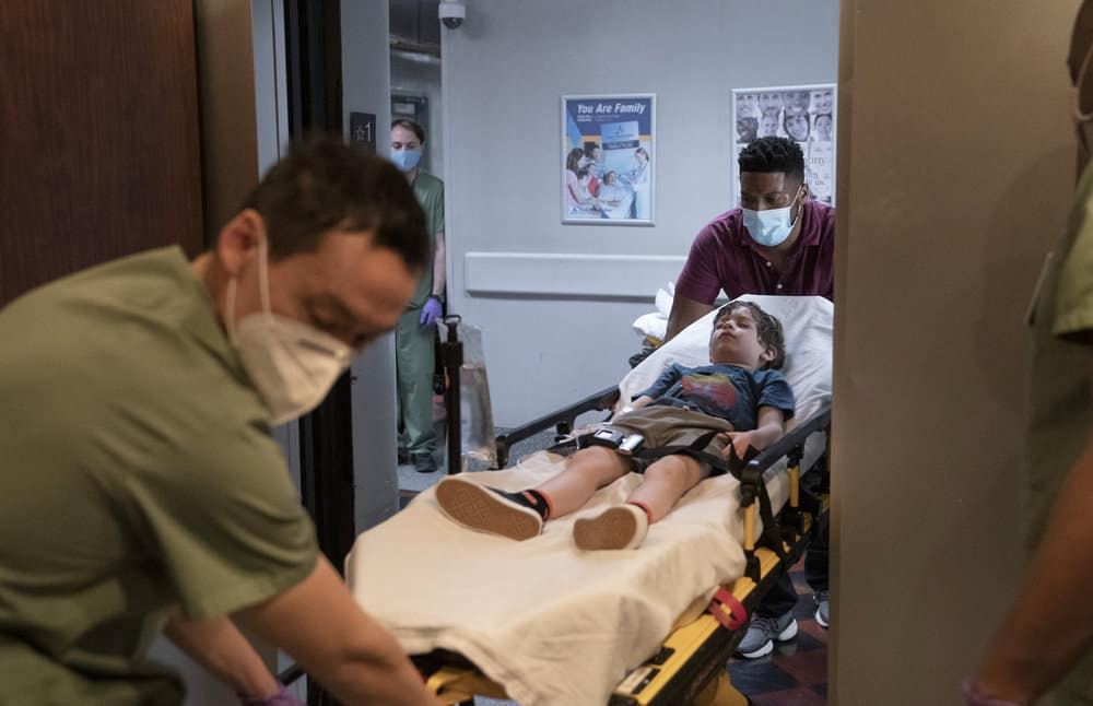 "NEW AMSTERDAM Season 3 Episode 11 -- ""Pressure Drop"" Episode 311 -- Pictured: Jocko Sims as Dr. Floyd Reynolds -- (Photo by: Virginia Sherwood/NBC)"