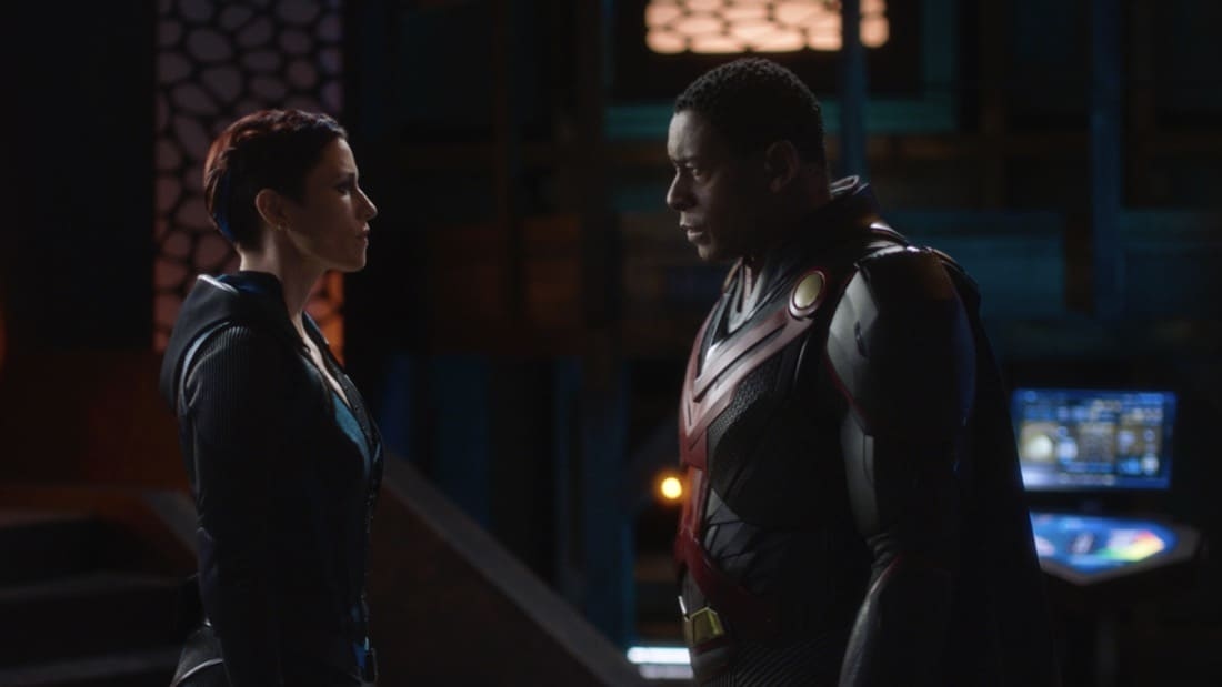 """SUPERGIRL Season 6 Episode 7-- """"Fear Knot"""" -- Image Number: SPG607fg_0030r.jpg_ -- Pictured (L-R): Chyler Leigh as Alex Danvers and David Harewood as J'onn J'onzz— Photo: The CW -- © 2021 The CW Network, LLC. All Rights Reserved."""