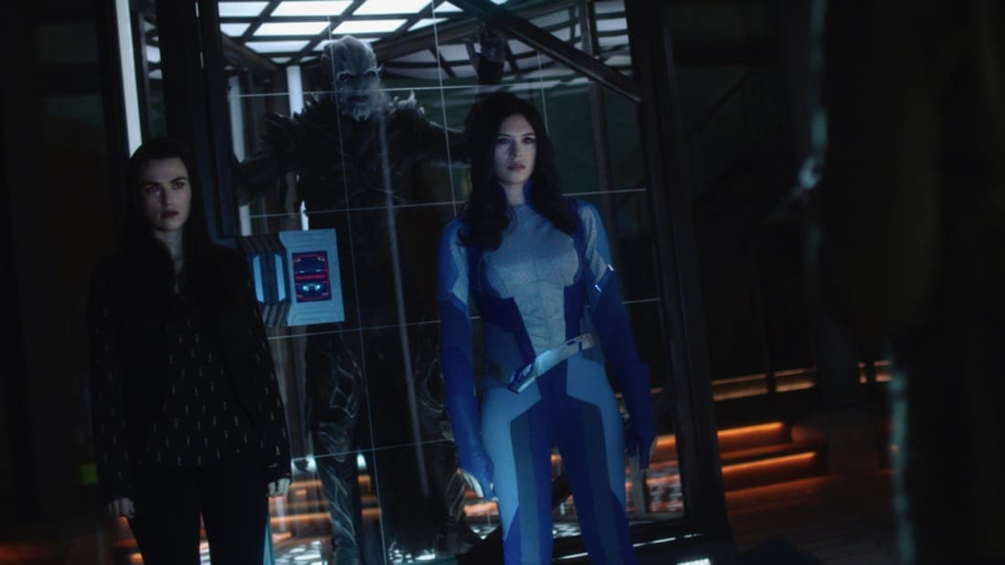 """SUPERGIRL Season 6 Episode 7-- """"Fear Knot"""" -- Image Number: SPG607fg_0046r.jpg— Pictured (L-R): Katie McGrath as Lena Luther and Nicole Maines as Dreamer— Photo: The CW -- © 2021 The CW Network, LLC. All Rights Reserved."""