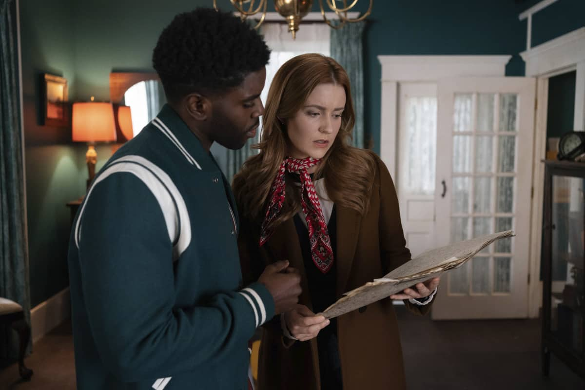 """NANCY DREW Season 2 Episode 15 -- """"The Celestial Visitor"""" -- Image Number: NCD215a_0413r.jpg -- Pictured (L-R):  Tian Richards as Tom Swift and Kennedy McMann as Nancy -- Photo: Colin Bentley/The CW -- © 2021 The CW Network, LLC. All Rights Reserved."""