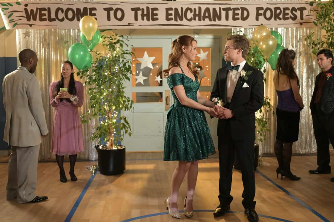 """THE GOLDBERGS Season 8 Episode 21 - """"Alligator Schwartz"""" – Erica fears that Geoff has moved on from their breakup and started dating someone else. Meanwhile, Adam decides to find Dave Kim a date to prom, once he remembers his pact with Dave that they won't go to prom if they both don't have dates, on a new episode of """"The Goldbergs,"""" WEDNESDAY, MAY 12 (8:00-8:30 p.m. EDT), on ABC. (ABC/Temma Hankin) SADIE STANLEY, SEAN GIAMBRONE"""