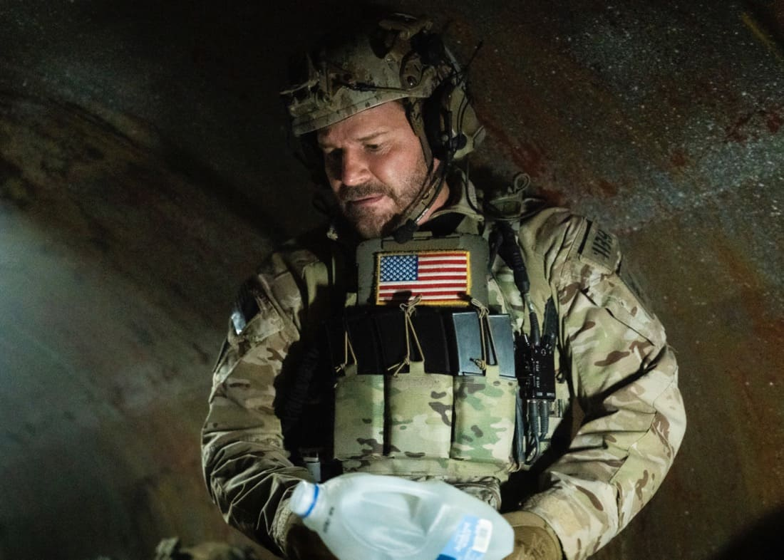 """SEAL TEAM Season 4 Episode 14 """"Hollow at the Core"""" – Bravo is tasked with a covert mission to infiltrate a Boko Haram camp, hack its data network and rescue an American hostage, on SEAL TEAM, Wednesday, May 12 (9:00-10:00 PM, ET/PT) on the CBS Television Network. Pictured: David Boreanaz as Jason Hayes. Photo: Sonja Flemming/CBS ©2021 CBS Broadcasting, Inc. All Rights Reserved."""