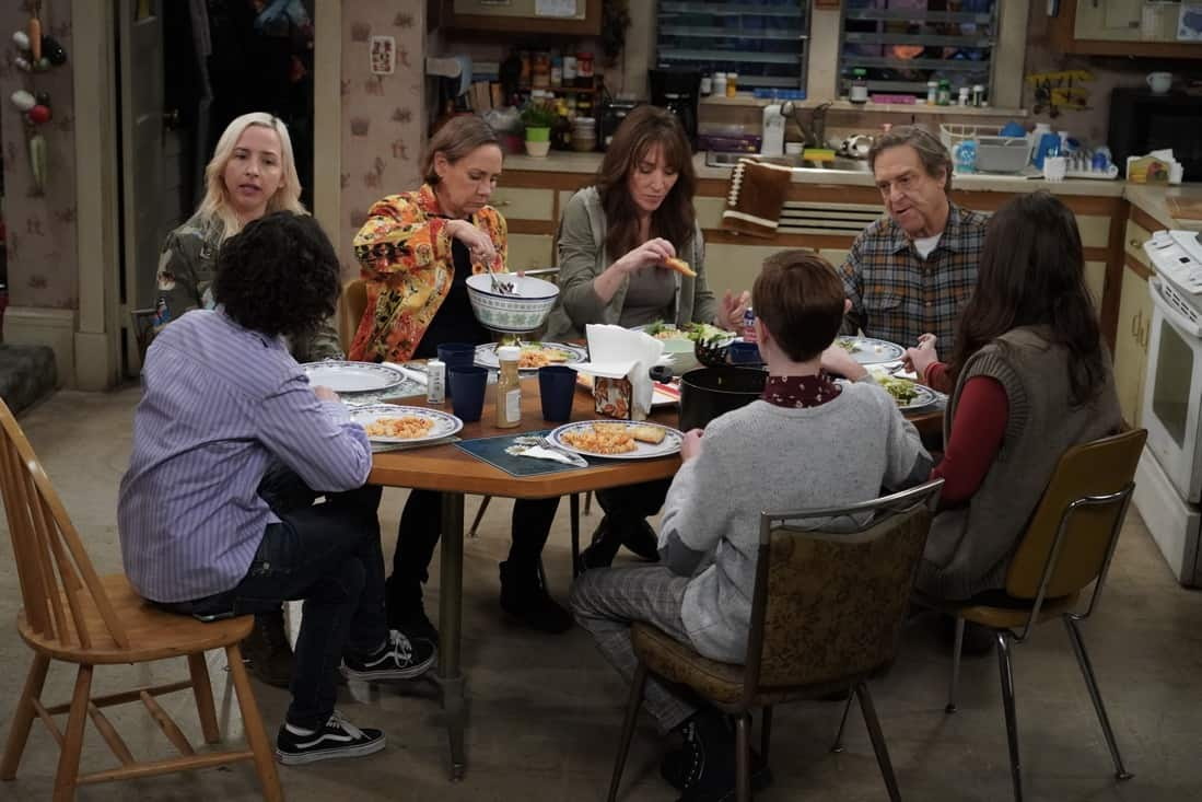 THE CONNERS Season 3 Episode 19 Photos Jeopardé, Sobrieté, and Infidelité