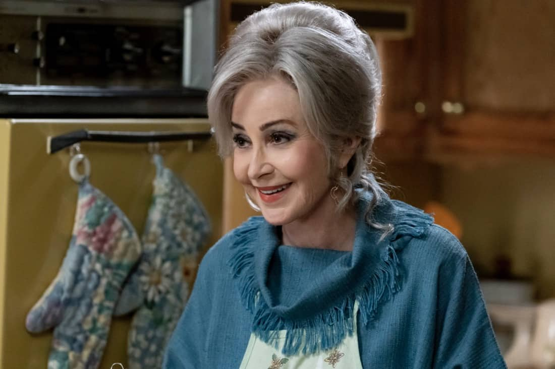 """YOUNG SHELDON Season 4 Episode 18 """"The Wild and Woolly World of Nonlinear Dynamics"""" – Pictured: Meemaw (Annie Potts). Missy's first heartbreak triggers a series of events that lead the Cooper family to the brink, on the fourth season finale of YOUNG SHELDON, Thursday, May 13 (8:00-8:31 PM, ET/PT) on the CBS Television Network. Photo Credit: Michael Yarish/©2021 Warner Bros. Entertainment Inc. All Rights Reserved."""