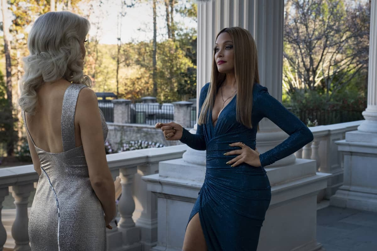 """DYNASTY Season 4 Episode 2-- """"Vows Are Still Sacred"""" -- Image Number: DYN402a_0228r.jpg -- Pictured:  Michael Michele as Dominique -- Photo: Wilford Harewood/The CW -- © 2021 The CW Network, LLC. All Rights Reserved"""