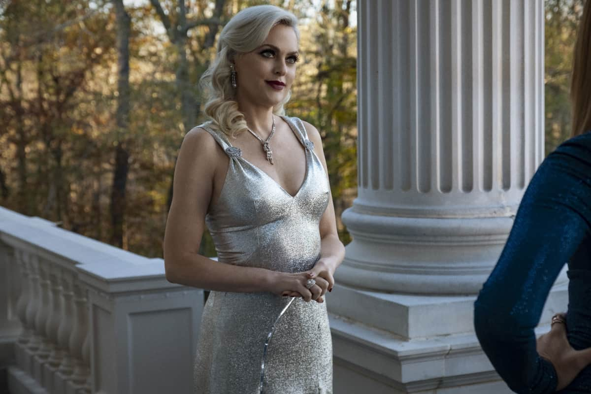 """DYNASTY Season 4 Episode 2 -- """"Vows Are Still Sacred"""" -- Image Number: DYN402a_0316r.jpg -- Pictured: Elaine Hendrix as Alexis  -- Photo: Wilford Harewood/The CW -- © 2021 The CW Network, LLC. All Rights Reserved"""