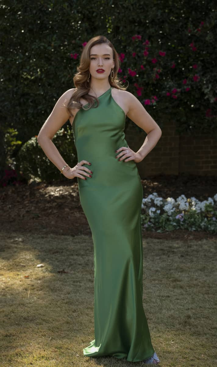 """DYNASTY Season 4 Episode 2 -- """"Vows Are Still Sacred"""" -- Image Number: DYN402a_BTS_0322r.jpg -- Pictured: Maddison Brown as Kirby a-- Photo: Wilford Harewood/The CW -- © 2021 The CW Network, LLC. All Rights Reserved"""