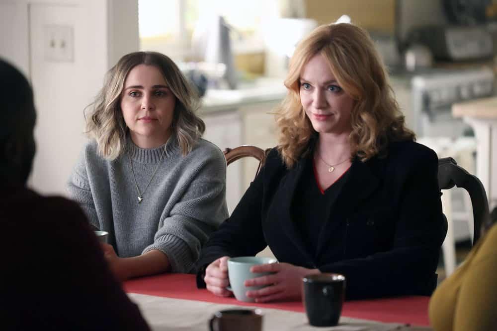 "GOOD GIRLS Season 4 Episode 9 -- ""Chef Boyardee"" Episode 409 -- Pictured: (l-r) Mae Whitman as Annie Marks, Christina Hendricks as Beth Boland -- (Photo by: Jordin Althaus/NBC)"