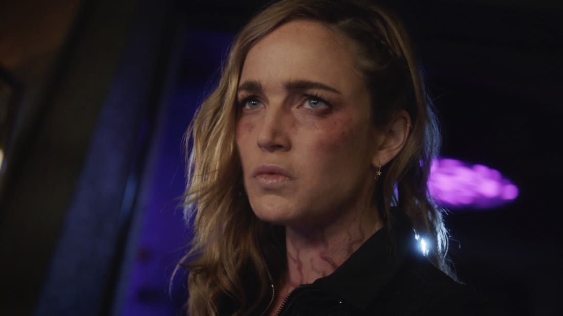 """LEGENDS OF TOMORROW Season 6 Episode 3 -- """"The Ex-Factor"""" -- Image Number: LGN603fg_0001r.jpg -- Pictured: Caity Lotz as Sara Lance -- Photo: The CW -- © 2021 The CW Network, LLC. All Rights Reserved."""