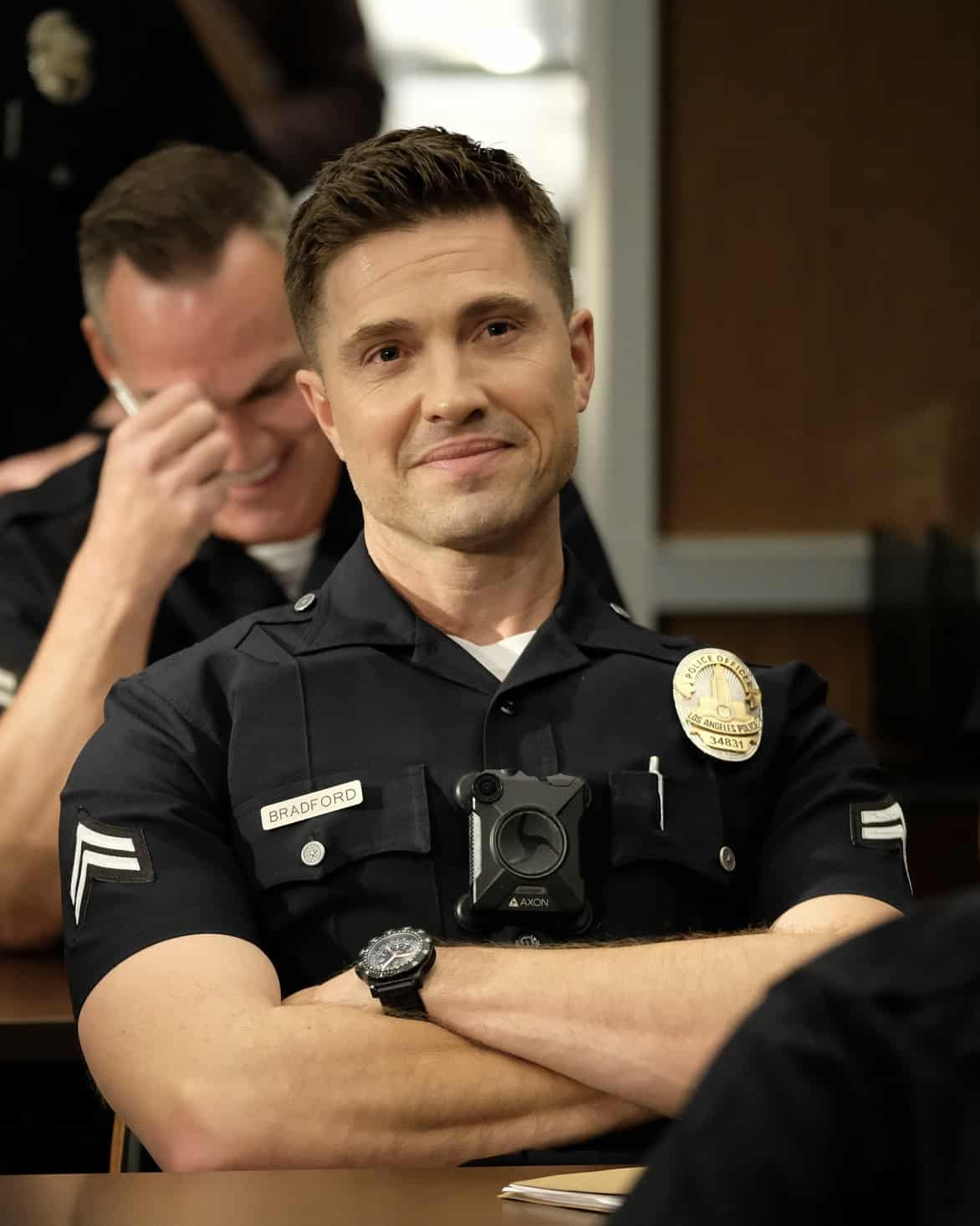 """THE ROOKIE Season 3 Episode 14 - """"Threshold"""" – Officer Nolan mildly injures himself while chasing down a shoplifter and the local DA wants to charge the suspect with assault despite Nolan's wishes. Meanwhile, Lucy goes undercover, Lopez' wedding venue is seized by the FBI and Nolan meets his new neighbor on the season finale of """"The Rookie,"""" SUNDAY, MAY 16 (10:00-11:00 p.m. EDT), on ABC. (ABC/Erica Parise) ERIC WINTER"""