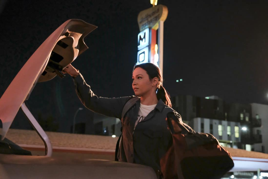 """THE ROOKIE Season 3 Episode 14 - """"Threshold"""" – Officer Nolan mildly injures himself while chasing down a shoplifter and the local DA wants to charge the suspect with assault despite Nolan's wishes. Meanwhile, Lucy goes undercover, Lopez' wedding venue is seized by the FBI and Nolan meets his new neighbor on the season finale of """"The Rookie,"""" SUNDAY, MAY 16 (10:00-11:00 p.m. EDT), on ABC. (ABC/Erica Parise) MELISSA O'NEIL"""