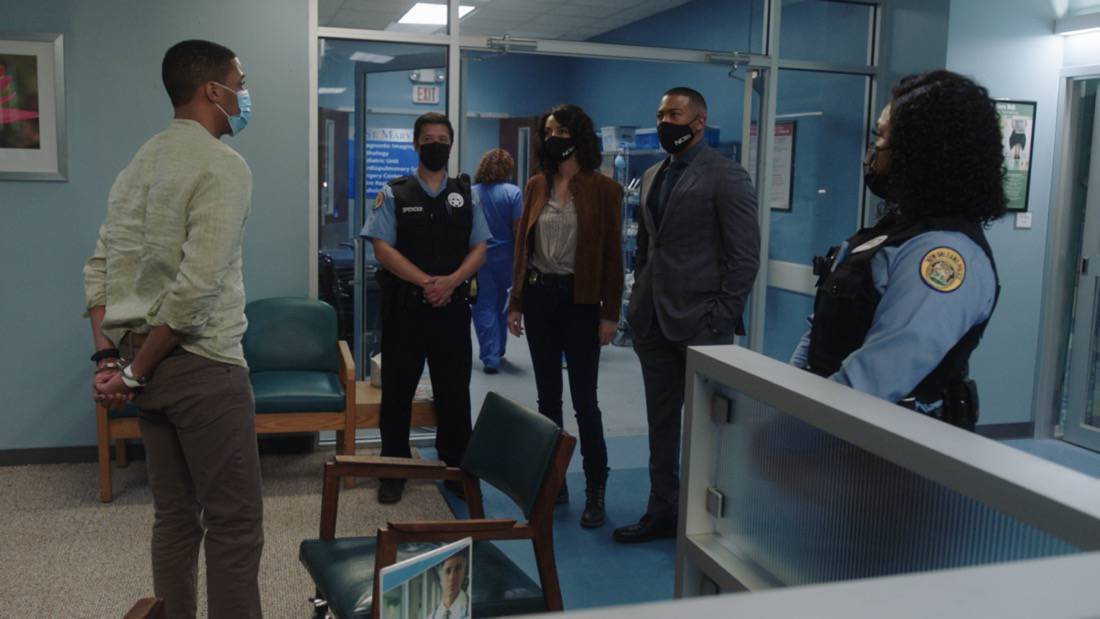 """NCIS NEW ORLEANS Season 7 Episode 15 """"Runs in the Family"""" – As Pride and Rita plan their wedding, the FBI arrests Connor (Drew Scheid) in connection to the bar's firebombing as a means of getting to his mother (Callie Thorne) and Rita may be the only person who can save them, on """"NCIS: NEW ORLEANS,"""" Sunday, May 16 (10:00-11:00 PM, ET/PT) on the CBS Television Network.  Pictured L-R: Justin Davis as Morgan, Necar Zadegan as Special Agent Hannah Khoury, and Charles Michael Davis as Special Agent Quentin Carter Photo: Screen Grab/CBS ©2021 CBS Broadcasting, Inc. All Rights Reserved."""