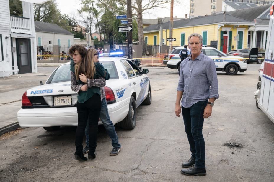 """NCIS NEW ORLEANS Season 7 Episode 15 """"Runs in the Family"""" – As Pride and Rita plan their wedding, the FBI arrests Connor (Drew Scheid) in connection to the bar's firebombing as a means of getting to his mother (Callie Thorne) and Rita may be the only person who can save them, on """"NCIS: NEW ORLEANS,"""" Sunday, May 16 (10:00-11:00 PM, ET/PT) on the CBS Television Network. Pictured L-R: Drew Scheid as Connor Dean, Callie Thorne as Sasha Broussard, and Scott Bakula as Special Agent Dwayne Pride Photo: Sam Lothridge/CBS ©2021 CBS Broadcasting, Inc. All Rights Reserved."""
