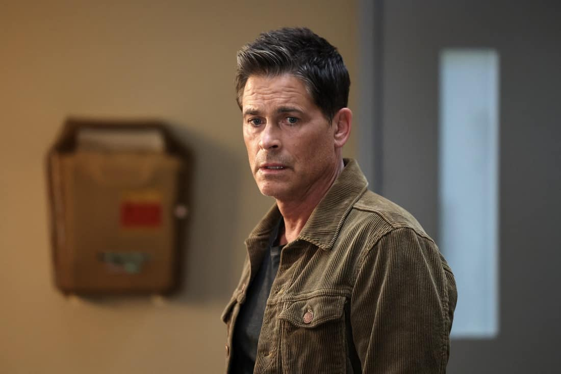 """9-1-1 LONE STAR Season 2 Episode 13 : Rob Lowe in the """"One Day"""" episode of 9-1-1: LONE STAR airing Monday, May 17 (9:01-10:00 PM ET/PT) on FOX. © 2021 Fox Media LLC. CR: Jordin Althaus/FOX."""