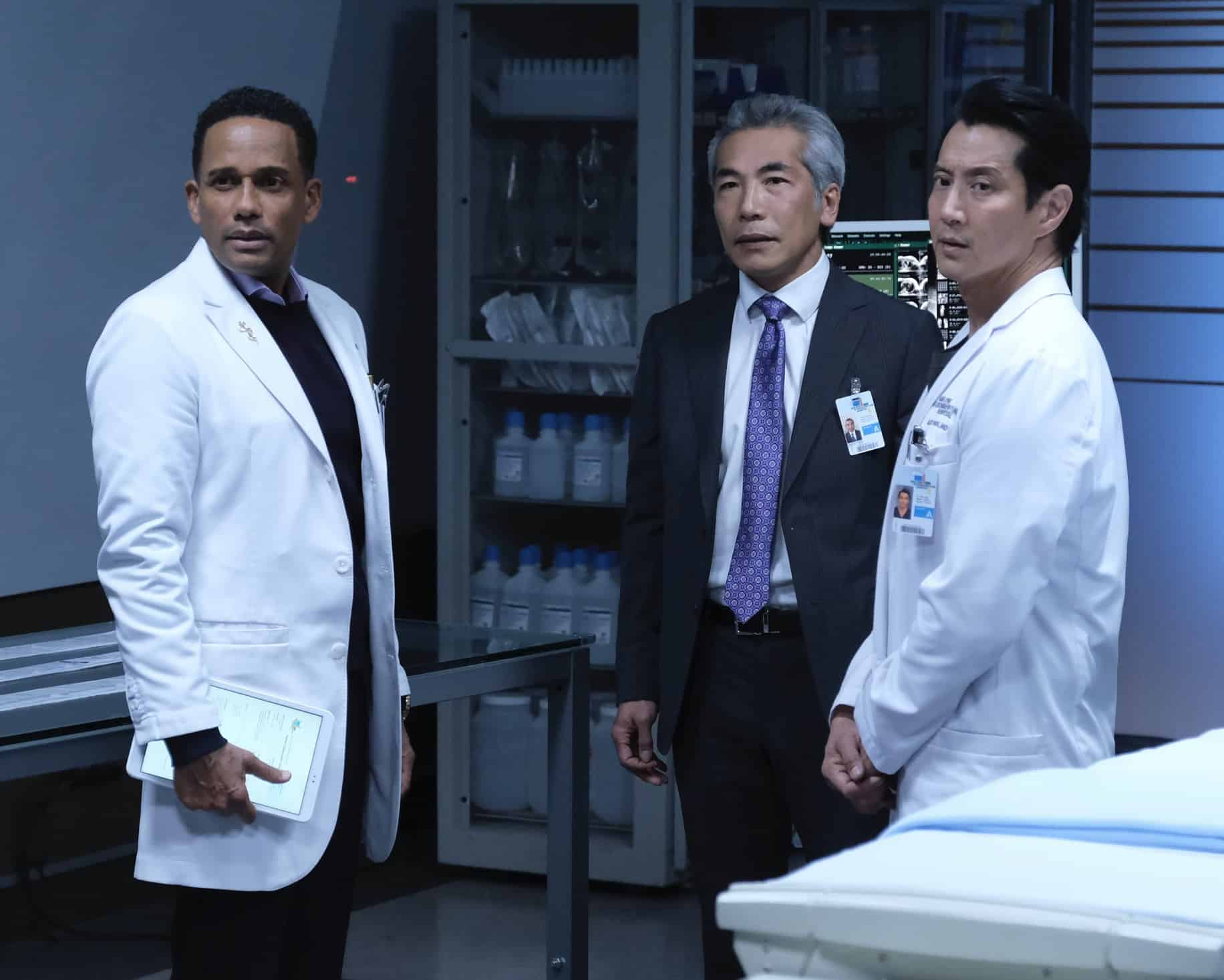 """THE GOOD DOCTOR Season 4 Episode 17 - """"Letting Go"""" – Dr. Claire Brown and the team must face hard truths about what lines they are willing to cross when one of Claire's idols becomes her patient on """"The Good Doctor,"""" MONDAY, MAY 17 (10:00-11:00 p.m. EDT), on ABC. (ABC/Jeff Weddell) HILL HARPER, HIRO KANAGAWA, WILL YUN LEE"""