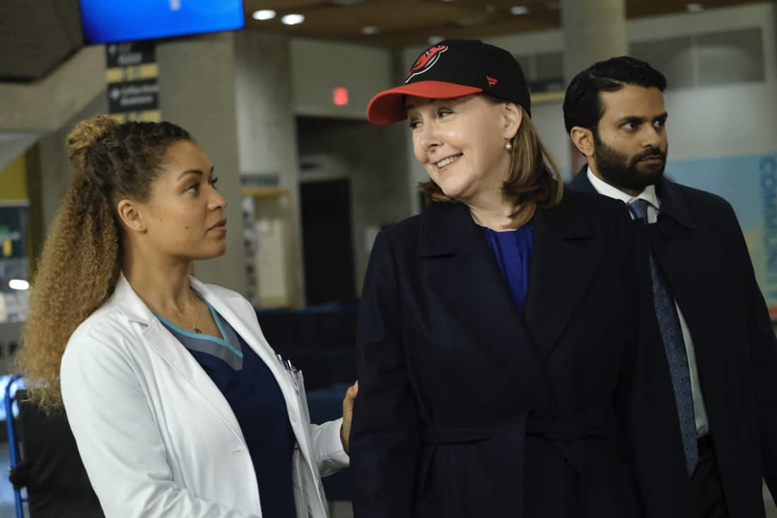 """THE GOOD DOCTOR Season 4 Episode 17 - """"Letting Go"""" – Dr. Claire Brown and the team must face hard truths about what lines they are willing to cross when one of Claire's idols becomes her patient on """"The Good Doctor,"""" MONDAY, MAY 17 (10:00-11:00 p.m. EDT), on ABC. (ABC/Jeff Weddell) ANTONIA THOMAS, CYNTHIA STEVENSON, ASIF ALI"""