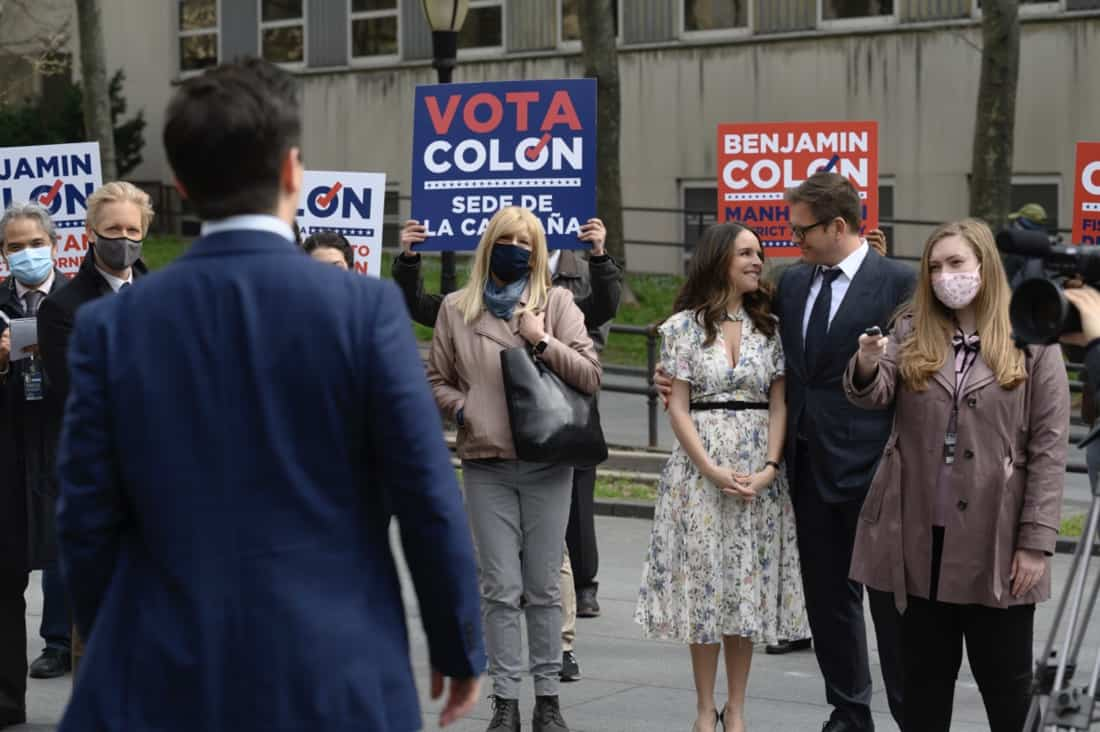 """BULL Season 5 Episode 16 """"A Friend in Need"""" – Izzy puts the brakes on her wedding to Bull when he jeopardizes Benny's election campaign by handling the defense in the corruption trial of the former District Attorney Benny hopes to replace, on the fifth season finale of BULL, Monday, May 17 (10:00-11:00 PM, ET/PT) on the CBS Television Network. Pictured L-R: Freddy Rodriguez as Benny Colón, Yara Martinez as Isabella """"Izzy"""" Colón, and Michael Weatherly as Dr. Jason Bull Photo: David M. Russell/CBS ©2021 CBS Broadcasting, Inc. All Rights Reserved"""