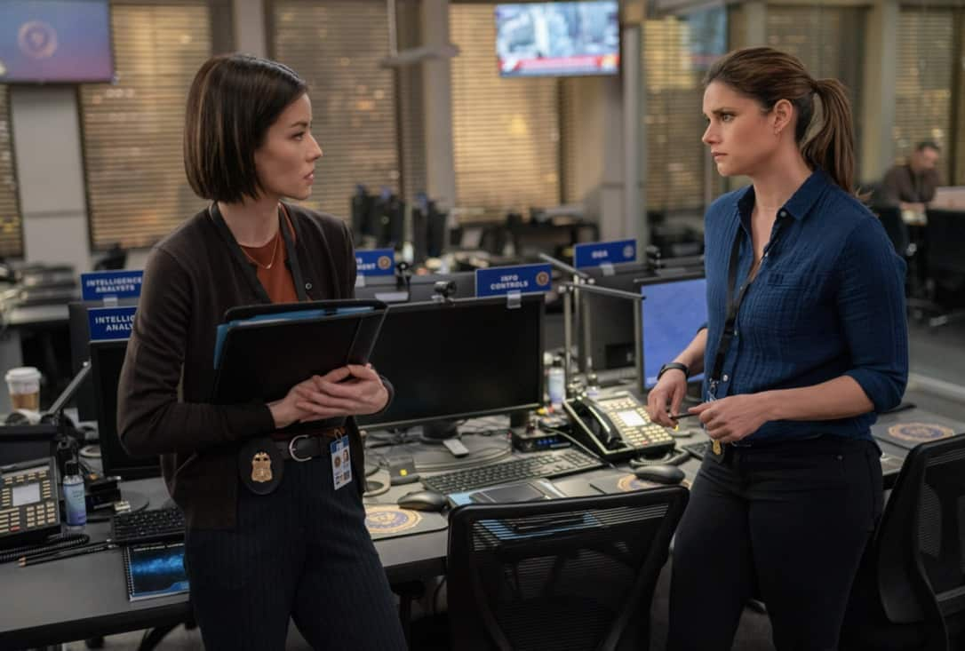 """FBI Season 3 Episode 14 """"Trigger Effect"""" - While investigating a mass casualty incident at a New York City restaurant, the team scrambles to determine if it was racially motivated and if there was more than one gunman. Also, Maggie begins to notice troubling behavior from her co-worker, Elise (Vedette Lim), on FBI, Tuesday, May 18 (9:00-10:00 PM, ET/PT) on the CBS Television Network.. Pictured (l-r)  Vedette Lim  as Elise Taylor and  Missy Peregrym as Special Agent Maggie Bell Photo: Michael Parmelee/ ©2021 CBS Broadcasting, Inc. All Rights Reserved."""