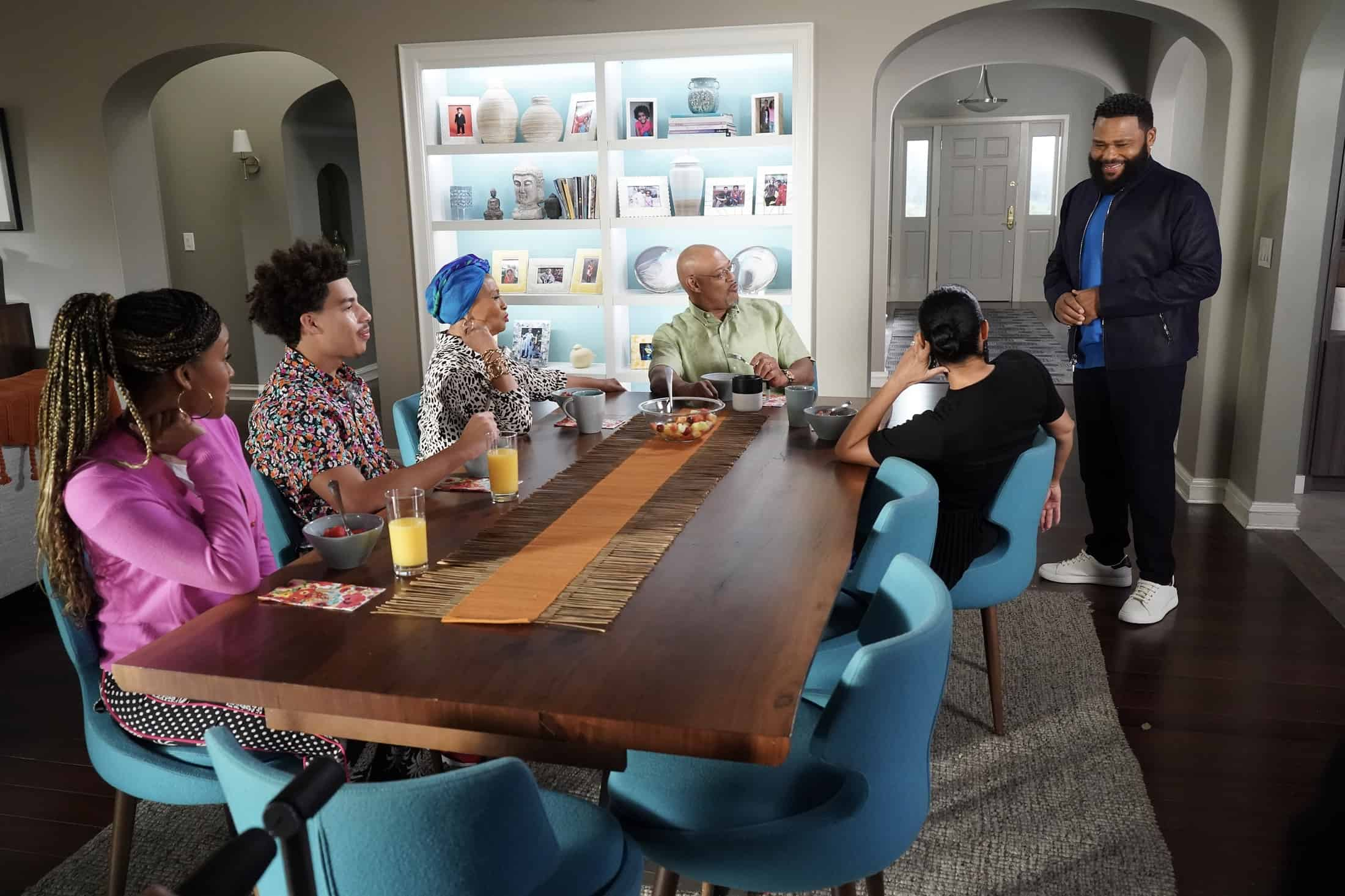 """BLACK-ISH Season 7 Episode 21 - """"Urban Legend"""" – Dre feels pigeonholed to the urban marketing team at Stevens & Lido and realizes he needs to make some big career changes. Boyz II Men stop by the office to help out the team with a SoFi campaign pitch.  Meanwhile, Junior has to deal with the twins who are overstaying their welcome at his and Olivia's apartment on the season finale of """"black-ish,"""" TUESDAY, MAY 18 (9:00-9:30 p.m. EDT), on ABC. (ABC/Richard Cartwright) MARCUS SCRIBNER, JENIFER LEWIS, LAURENCE FISHBURNE, ANTHONY ANDERSON"""