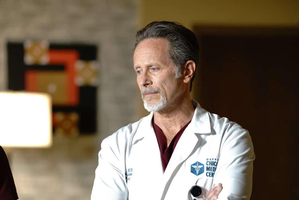 "CHICAGO MED Season 6 Episode 15 -- ""Stories, Secrets, Half Truth and Lies"" Episode 615 -- Pictured: Steven Weber as Dr. Dean Archer -- (Photo by: Elizabeth Sisson/NBC)"