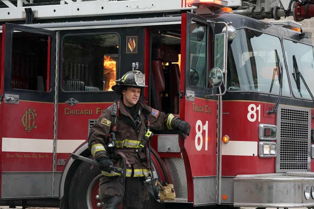 CHICAGO FIRE Season 9 Episode 15 Photos A White Knuckle Panic