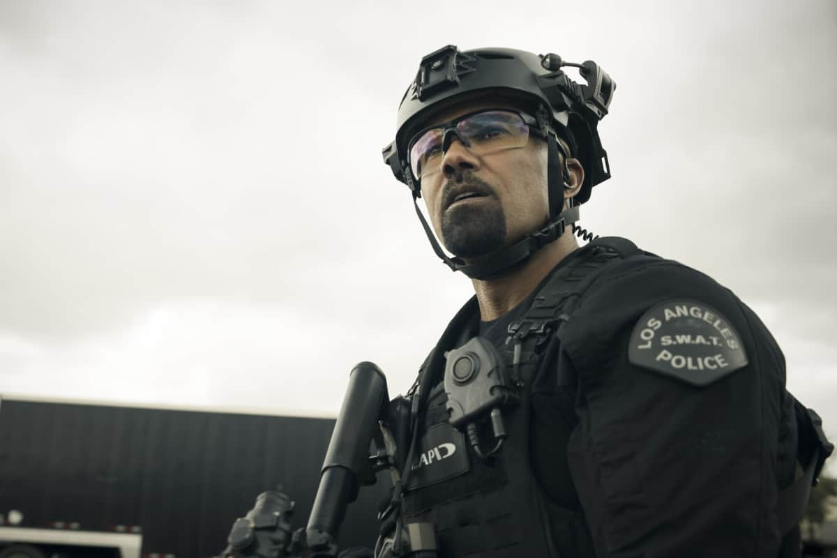 """SWAT Season 4 Episode 17 """"Whistleblower"""" – The team races to rescue victims of a sex trafficking ring that's preying on disenfranchised women. Also, Hondo finds himself at odds with Leroy and Darryl over the future of their business, and Street confronts Chris about meeting with his hospitalized mom, on S.W.A.T., Wednesday, May 19 (10:00-11:00 PM, ET/PT) on the CBS Television Network. Pictured (L-R): Shemar Moore as Daniel """"Hondo"""" Harrelson. Photo: Screengrab/CBS ©2021 CBS Broadcasting, Inc. All Rights Reserved"""