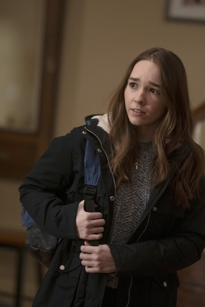 """MANIFEST Season 3 Episode 10 -- """"Compass Calibration"""" Episode 310 -- Pictured: Holly Taylor as Angelina Meyer -- (Photo by: Peter Kramer/NBC)"""