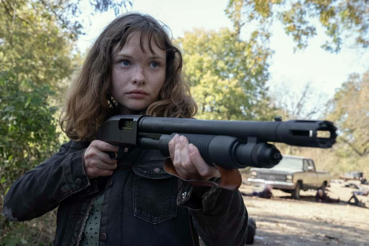 FEAR THE WALKING DEAD Season 6 Episode 14 Zoe Colletti as Dakota- Fear the Walking Dead _ Season 6, Episode 14 - Photo Credit: Ryan Green/AMC
