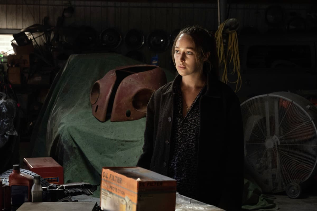 FEAR THE WALKING DEAD Season 6 Episode 14 Alycia Debnam-Carey as Alicia Clark - Fear the Walking Dead _ Season 6, Episode 14 - Photo Credit: Ryan Green/AMC