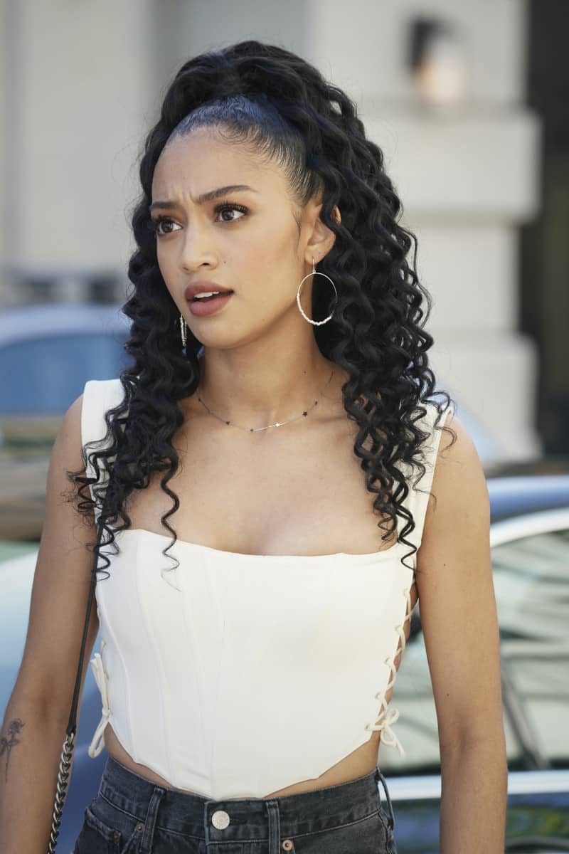 """ALL AMERICAN Season 3 Episode 13 -- """"Bring The Noise"""" -- Image Number: ALA313b_0173r.jpg -- Pictured: Samantha Logan as Olivia  -- Photo: Bill Inoshita/The CW -- © 2021 The CW Network, LLC. All Rights Reserved"""
