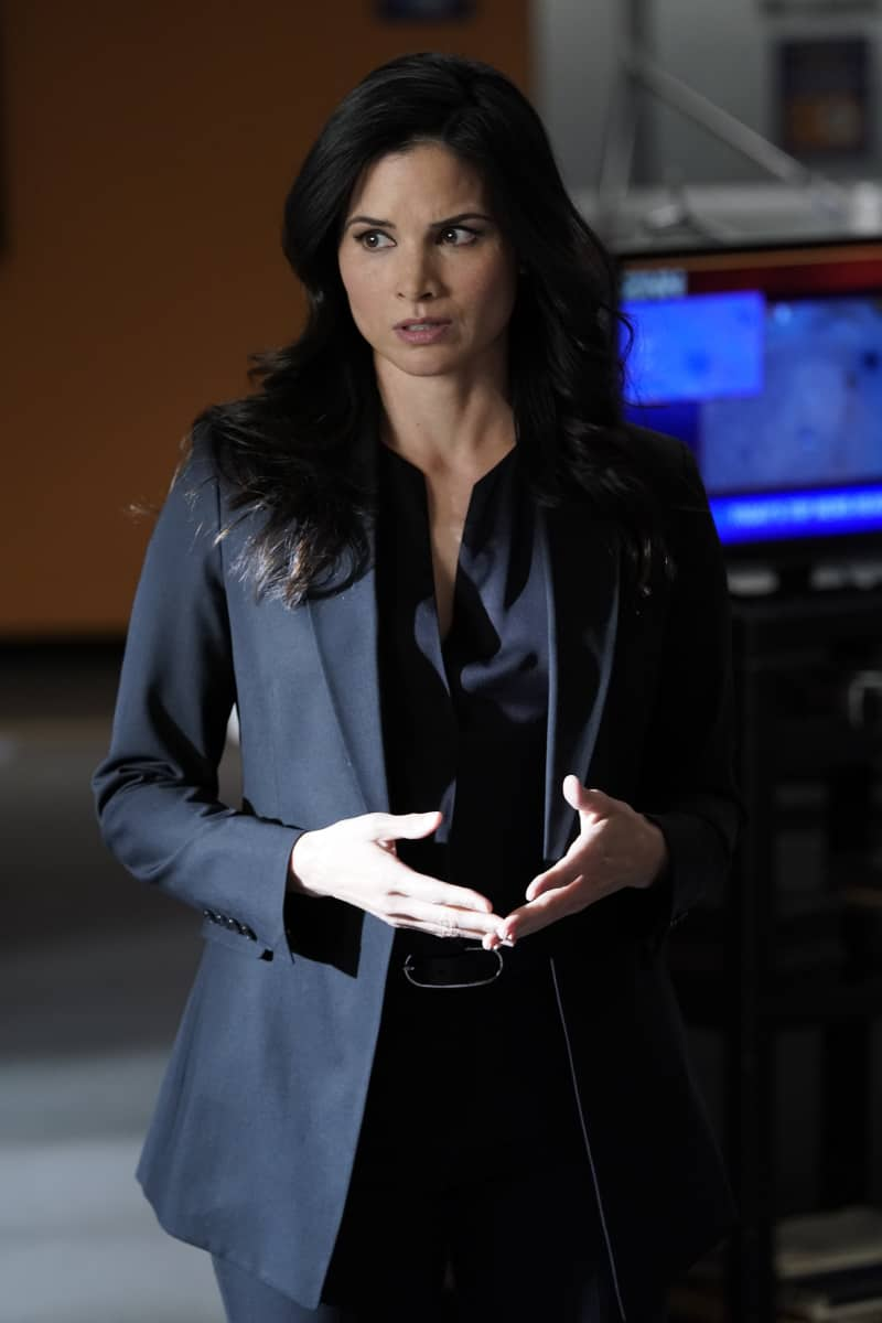 """NCIS Season 18 Episode 16 """"Rule 91"""" – While pursuing a dangerous arms dealer, the team is shocked when Bishop is implicated in an old NSA leak. Also, Gibbs and Marcie (Pam Dawber) realize that the killer they've been tracking may be onto them, on the 18th season finale of NCIS, Tuesday, May 25 (8:00-9:00 PM, ET/PT), on the CBS Television Network. Pictured:  Katrina Law as NCIS REACT Special Agent Jessica Knight. 108965_D0549bb.  Photo: Cliff Lipson/CBS ©2021 CBS Broadcasting, Inc. All Rights Reserved."""