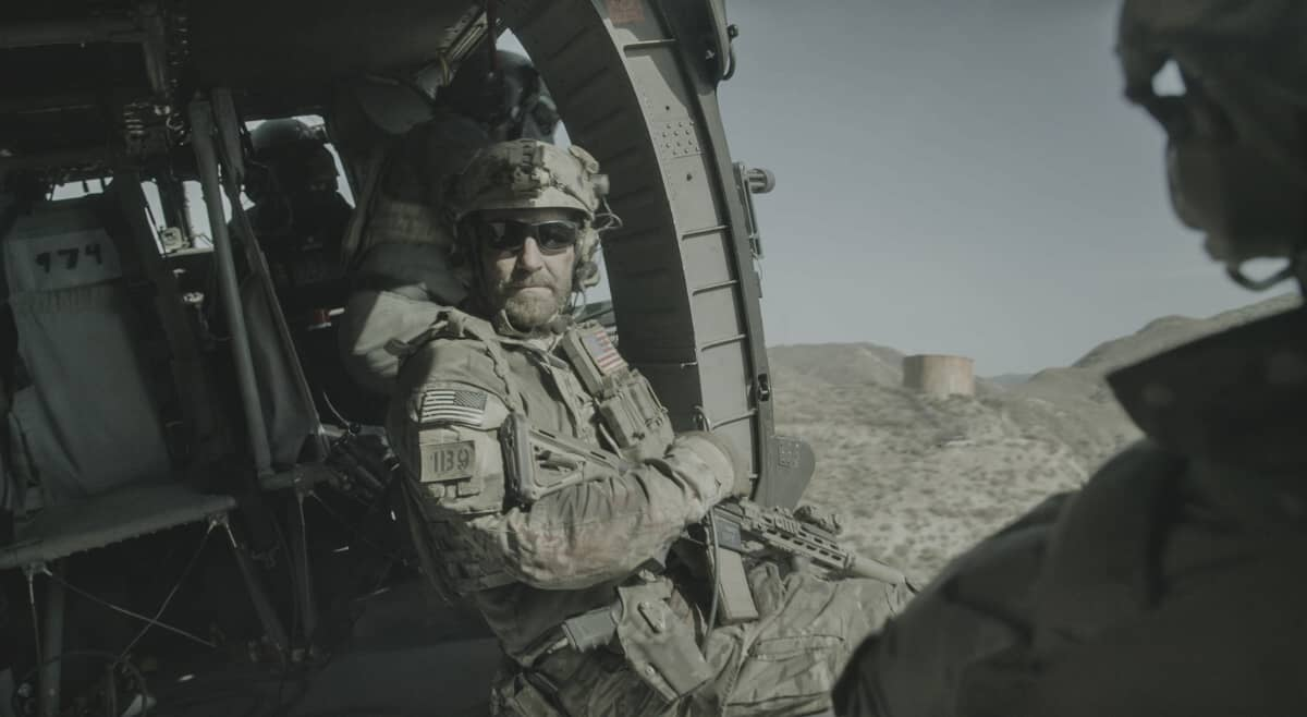 """SEAL TEAM Season 4 Episode 16 """"One Life To Live"""" -- Bravo takes a devastating hit that will change the team forever, and forces each member to make major personal decisions, on the fourth season finale of SEAL TEAM, Wednesday, May 26 (9:00-10:00 PM, ET/PT) on the CBS Television Network. Pictured: David Boreanaz as Jason Hayes. Photo: CBS ©2021 CBS Broadcasting, Inc. All Rights Reserved."""