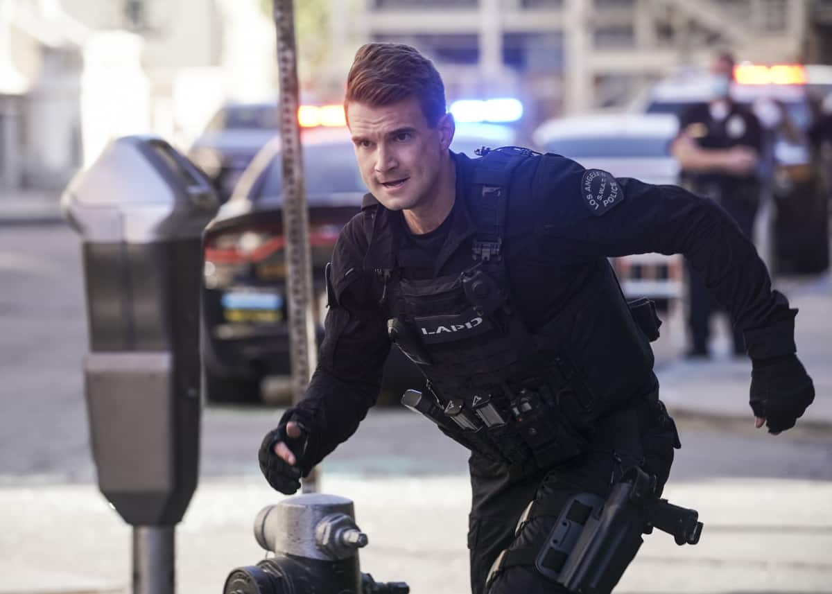 """SWAT Season 4 Episode 18 """"Veritas Vincit"""" – The bombing of a Los Angeles police station puts the city on edge, leading the team to a final showdown with a group of domestic extremists. Also, Hondo faces the fallout from a bold decision that threatens his future, and Tan takes a big step in his personal life, on the fourth season finale of S.W.A.T., Wednesday, May 26 (10:00-11:00 PM, ET/PT) on the CBS Television Network. Pictured (L-R): Alex Russell as Jim Street. Photo: Sonja Flemming/CBS ©2021 CBS Broadcasting, Inc. All Rights Reserved."""