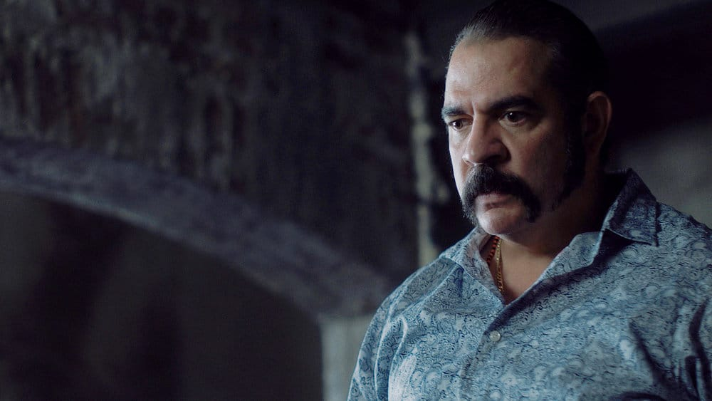"""QUEEN OF THE SOUTH Season 5 Episode 8 -- """"Everything I Touch"""" Episode 508 -- Pictured in this screengrab: Hemky Madera as Pote -- (Photo by: USA Network)"""