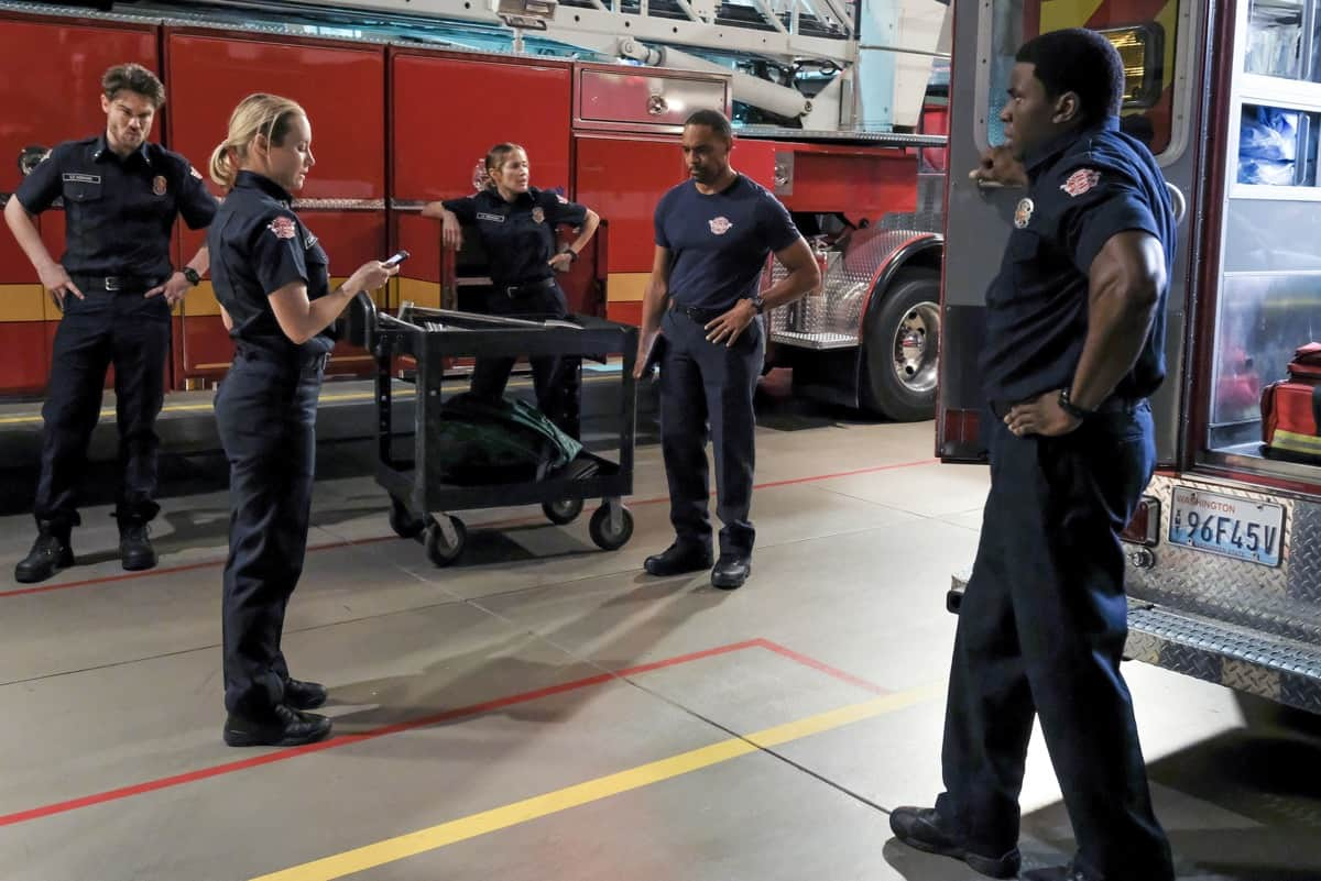 """STATION 19 Season 4 Episode 15 - """"Say Her Name"""" – When Vic helps her parents through a devastating loss, they have a long overdue conversation about the anguish of being Black in America on a new episode of """"Station 19,"""" THURSDAY, MAY 27 (8:00-9:00 p.m. EDT), on ABC. (ABC/Ron Batzdorff) DANIELLE SAVRE, JASON GEORGE"""