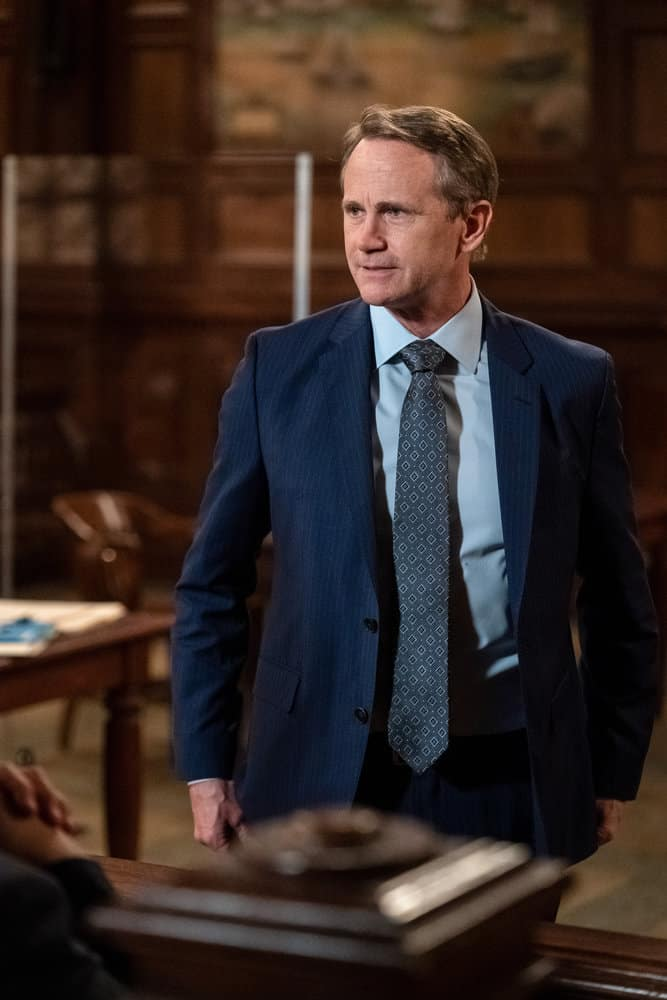 """LAW AND ORDER SVU Season 22 Episode 15 -- """"What Can Happen In The Dark"""" Episode 22015 -- Pictured: Lee Tergesen as Counselor Erik Garrison -- (Photo by: Heidi Gutman/NBC)"""