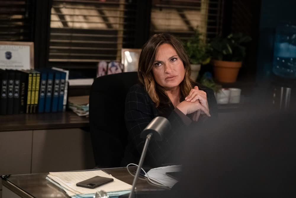 LAW AND ORDER SVU Season 22 Episode 15 Photos What Can Happen In The Dark