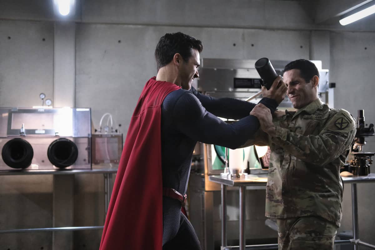 SUPERMAN AND LOIS Season 1 Episode 8 Photos Holding The Wrench