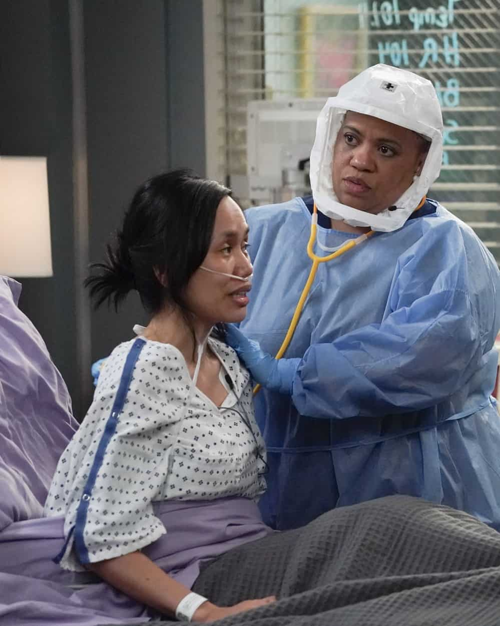 """GREY'S ANATOMY Season 17 Episode 17 - """"Someone Saved My Life Tonight"""" –  It's wedding day for Maggie and Winston. Meanwhile, Meredith takes on a new role at the hospital, and Jo makes a life-changing decision on the season finale of """"Grey's Anatomy,"""" THURSDAY, JUNE 3 (9:00-10:01 p.m. EDT), on ABC. (ABC/Richard Cartwright) CHANDRA WILSON"""