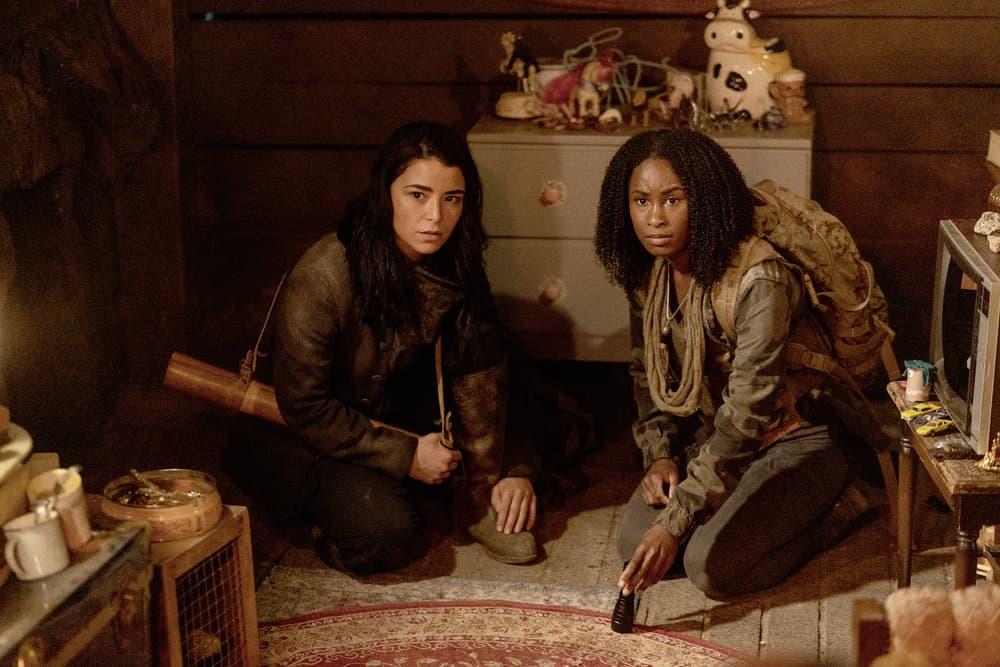 "VAN HELSING Season 5 Episode 8-- ""Deep Trouble"" Episode 508 -- Pictured: (l-r) Nicole Muñoz as Jack, Keeya King as Violet -- (Photo by: Daniel Power/Nomadic Pictures Inc./SYFY)"