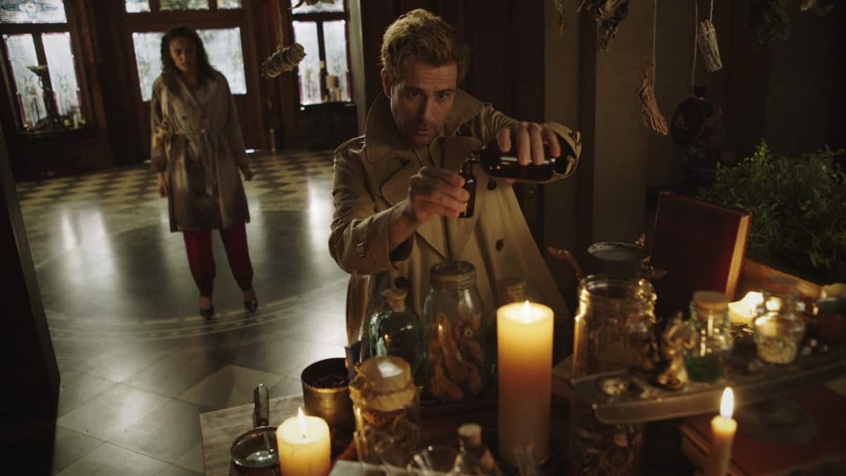 """LEGENDS OF TOMORROW Season 6 Episode 5 -- """"The Satanist\'s Apprentice"""" -- Image Number: LGN605fg_0001.jpg -- Pictured (L-R): Olivia Swann as Astra and  Matt Ryan as Constantine -- Photo: The CW -- © 2021 The CW Network, LLC. All Rights Reserved."""