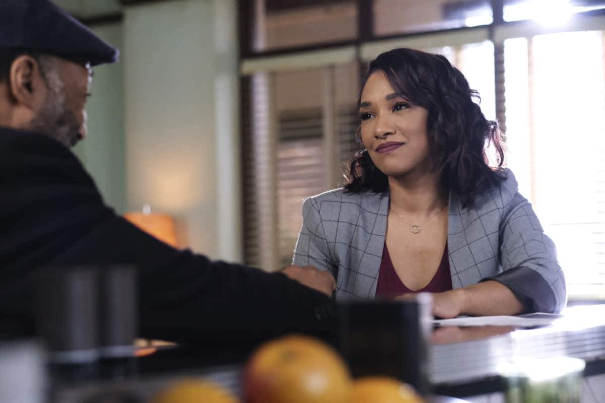 """THE FLASH Season 7 Episode 12 -- """"Good-Bye Vibrations"""" -- Image Number: FLA712a_0220r.jpg -- Pictured: Candice Patton as Iris West - Allen -- Photo: Bettina Strauss/The CW -- © 2021 The CW Network, LLC. All Rights Reserved.Photo Credit: Bettina Strauss"""
